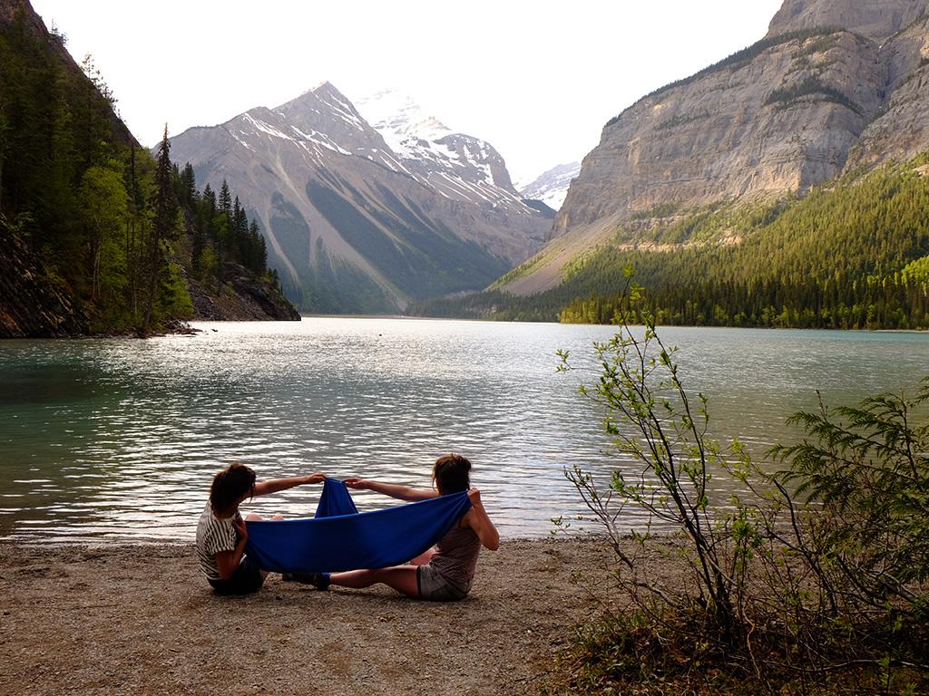 Kinney Lake met Mount Robson